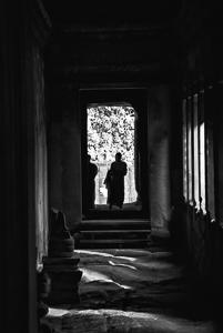 Photography composition Rule of framing - monks