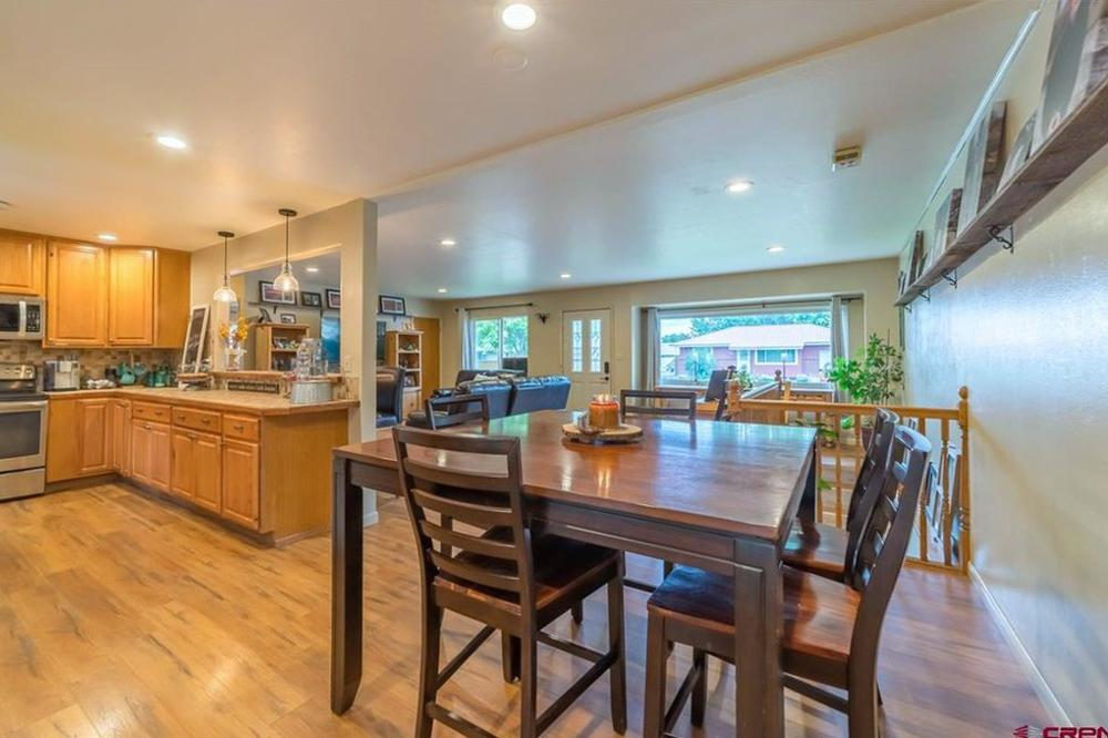 Home Stay Montrose Colorado - Dinning room